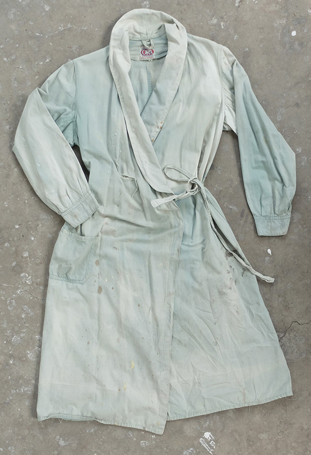 1940s Ladies Faded French Coveralls/Robe (00247)